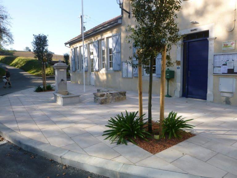 Parvis de la mairie de Laneplaa, Pôle aménagement CC de Lacq Orthez