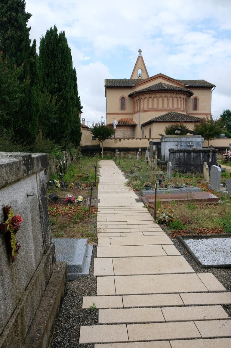 Cimetière de Gagnac sur Garonne, Hêtre paysage