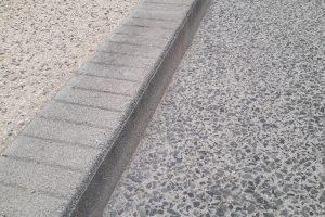 PVT Myway - BHNS de Pau, Signes paysages, bordure GLO 100x20x30, finition urbasa gommée