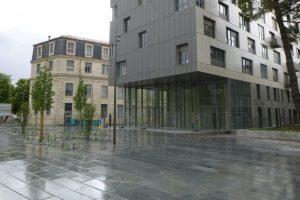 PVT - projet Urban Art BMA, cabinet Squad, dalle 100x50x12 adoucie batzan et gris spécial 3