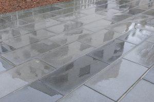 PVT - projet Urban Art BMA, cabinet Squad, dalle 100x50x12 adoucie batzan et gris spécial 8